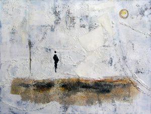 Maïko Combe-Kato 2005 - Deux personnes sur la plage d'un petit port de pêche.