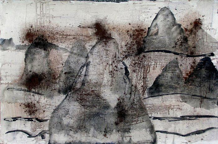 Janine Bailliez 2009 - Le rocher rêve de montagne - Acrylique et pigments sur mortier.
