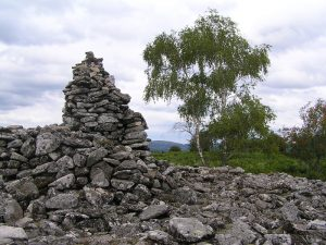 Tumulus de pierres